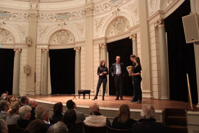 Astrid en George Reijnders , winnaars van het compositie concours